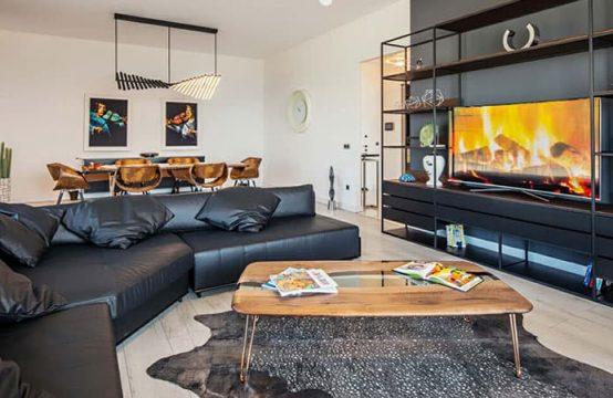Marina 24, 4 Bedroom Duplex